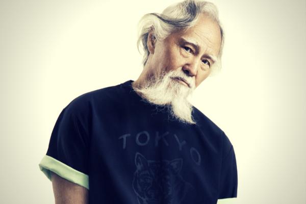 Modelo japonês de 80 anos